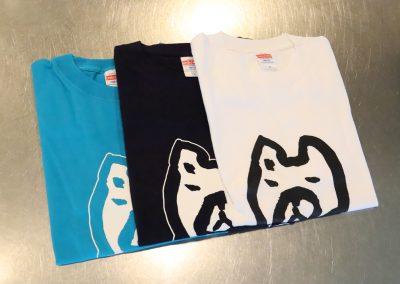 Tシャツ(ハチ公)水色・黒・白